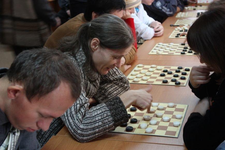 Кременчуг отметил Международный день инвалидов шашечными турнирами, стихами и песнями (ФОТО), фото-1