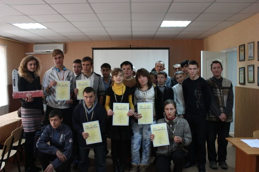 Кременчуг отметил Международный день инвалидов шашечными турнирами, стихами и песнями (ФОТО), фото-4