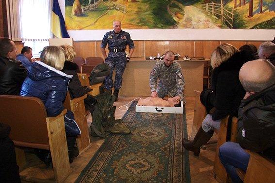 Вибухотехніки навчали франківських вчителів військовій справі (ФОТО) (фото) - фото 1