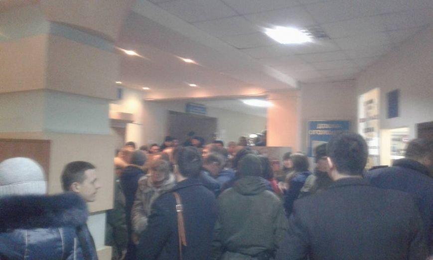 Будет жарко: Одесские патриоты вновь оккупировали Малиновский суд (ФОТО, ОБНОВЛЯЕТСЯ) (фото) - фото 2