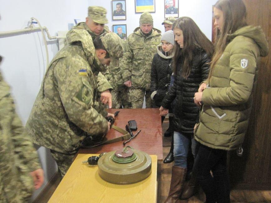 Военные Добропольского комиссариата активно участвуют в воспитании молодежи (ФОТО), фото-10