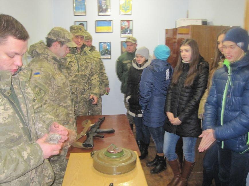 Военные Добропольского комиссариата активно участвуют в воспитании молодежи (ФОТО), фото-9