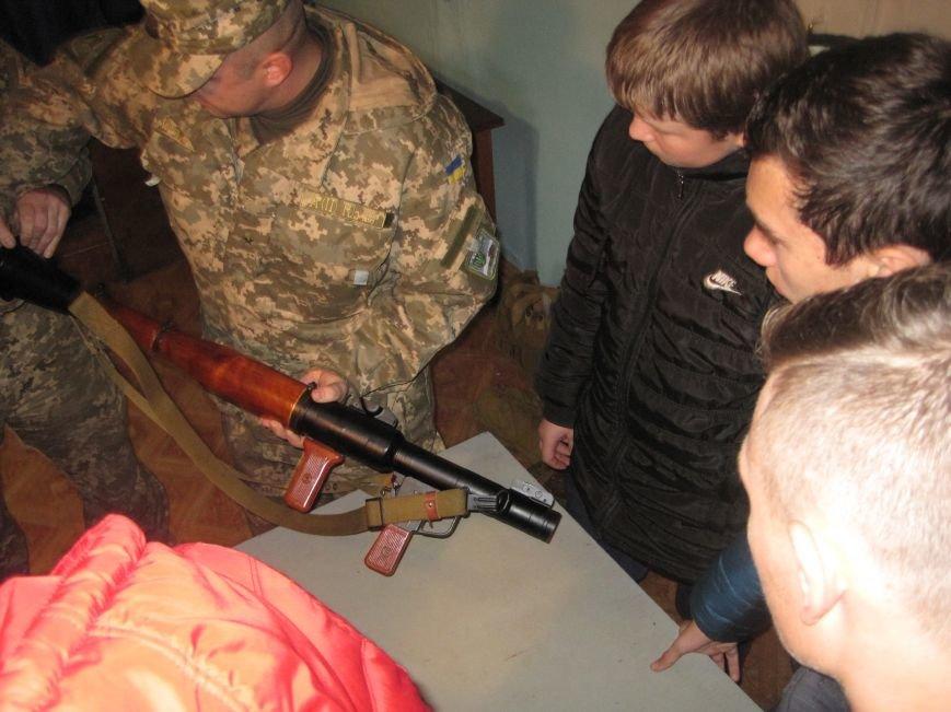 Военные Добропольского комиссариата активно участвуют в воспитании молодежи (ФОТО), фото-2
