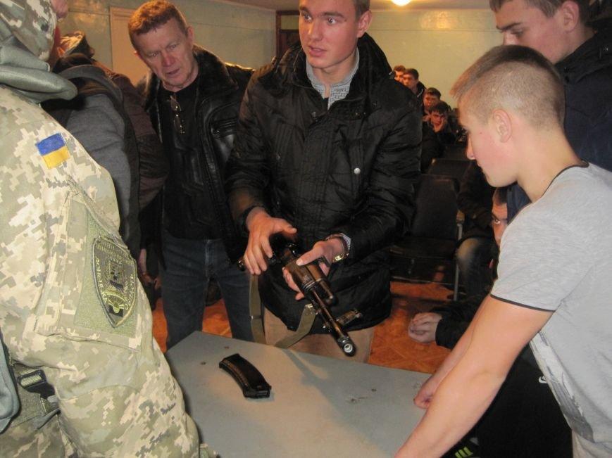 Военные Добропольского комиссариата активно участвуют в воспитании молодежи (ФОТО), фото-3