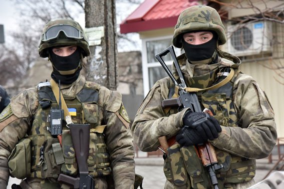 Спецподразделение полиции «Сокол» проверяет Славянск, на очереди Краматорск. (фото) - фото 3
