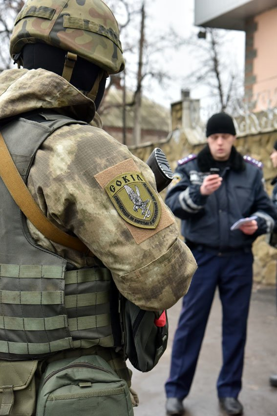 Спецподразделение полиции «Сокол» проверяет Славянск, на очереди Краматорск. (фото) - фото 1