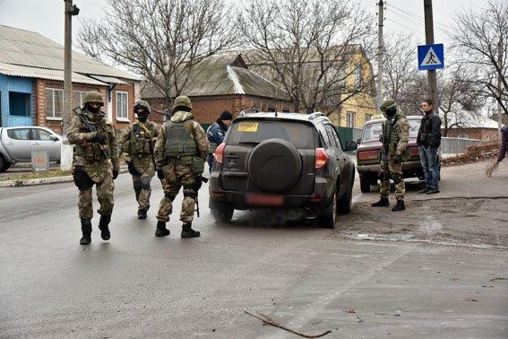 Спецподразделение полиции «Сокол» проверяет Славянск, на очереди Краматорск. (фото) - фото 2