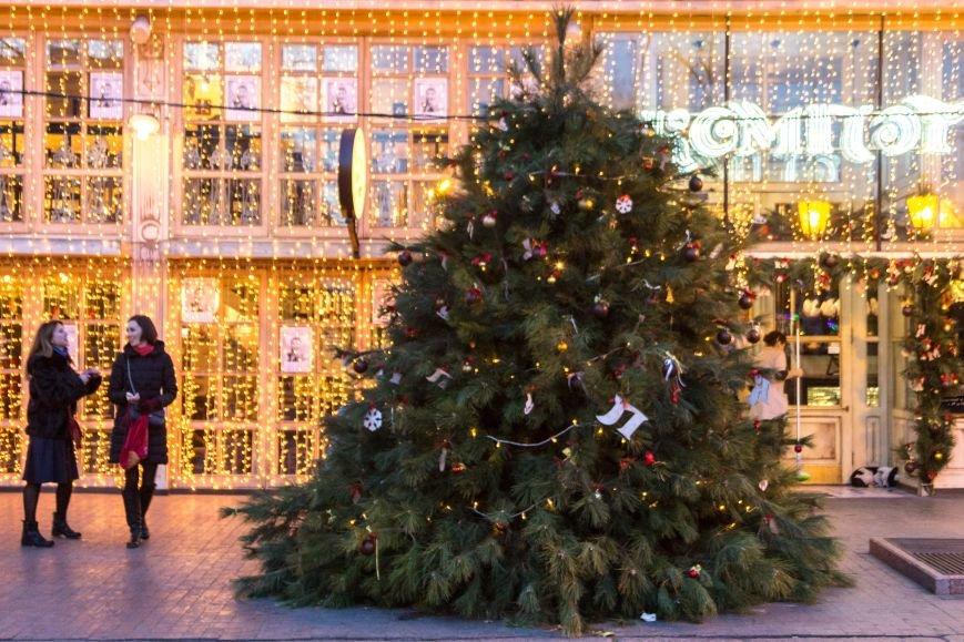 9a33a803f3ada54b7b2657b1c3deb7c9 Центр Одессы готовится к зимним праздникам