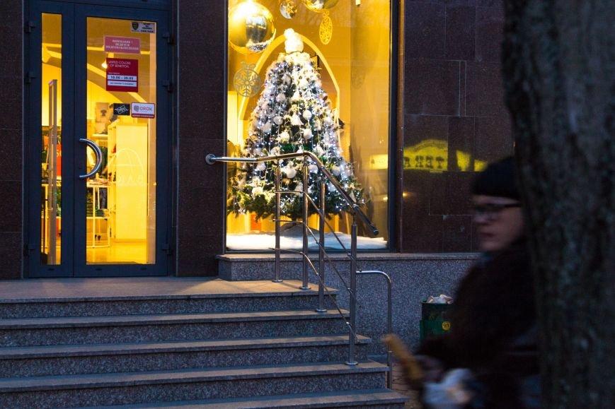 e94e4f61c73563d1524059f078eac2f9 Центр Одессы готовится к зимним праздникам