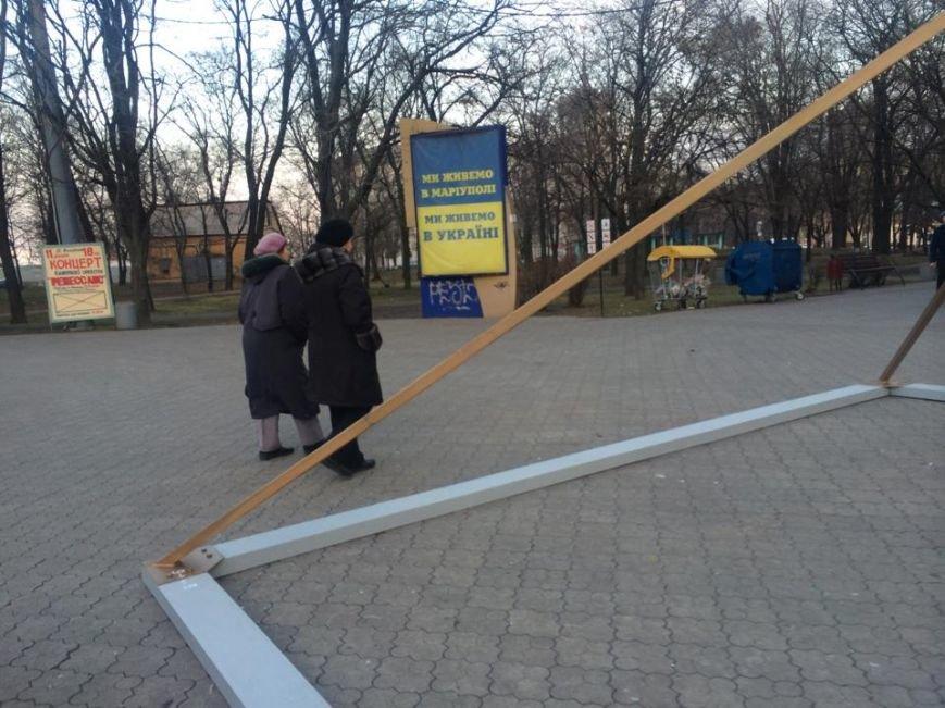 На площади перед драмтеатром установили ханукальную Менору (ФОТО, ВИДЕО), фото-3