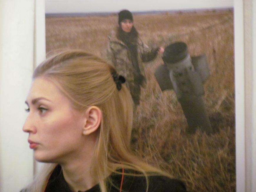 Мариупольцы увидели женщин в ситуации конфликта в Украине (ФОТО), фото-5