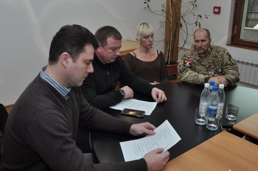 Мариупольские общественники обратились к Президенту Украины и Верховной Раде с заявлением о фальсификациях (ФОТО), фото-4