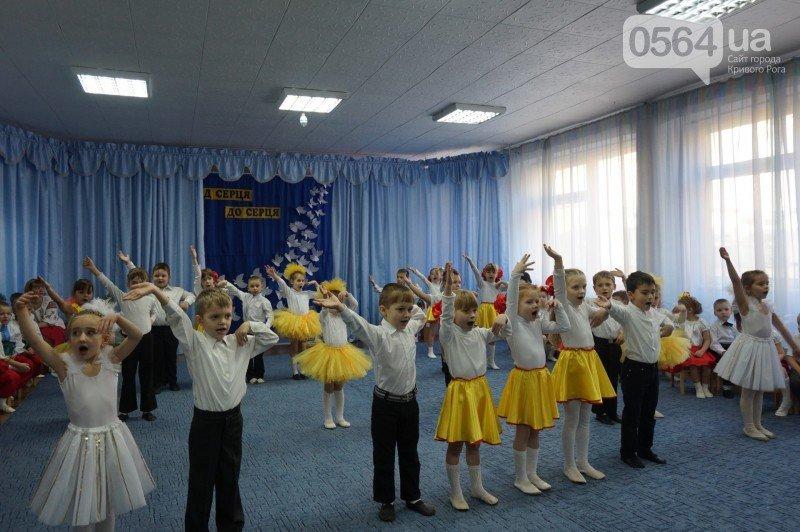 Уважение, восхищение, благодарность: бойцы и волонтеры посетили малышей детского сада №194 (ФОТО), фото-14