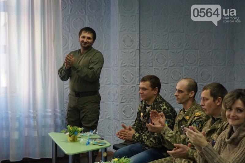 Уважение, восхищение, благодарность: бойцы и волонтеры посетили малышей детского сада №194 (ФОТО), фото-15