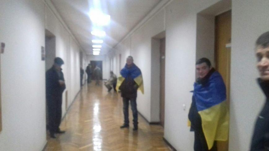 «Громадська варта» взяла под охрану  кабинеты Юрия Вилкула и его заместителей (ФОТО) (фото) - фото 1