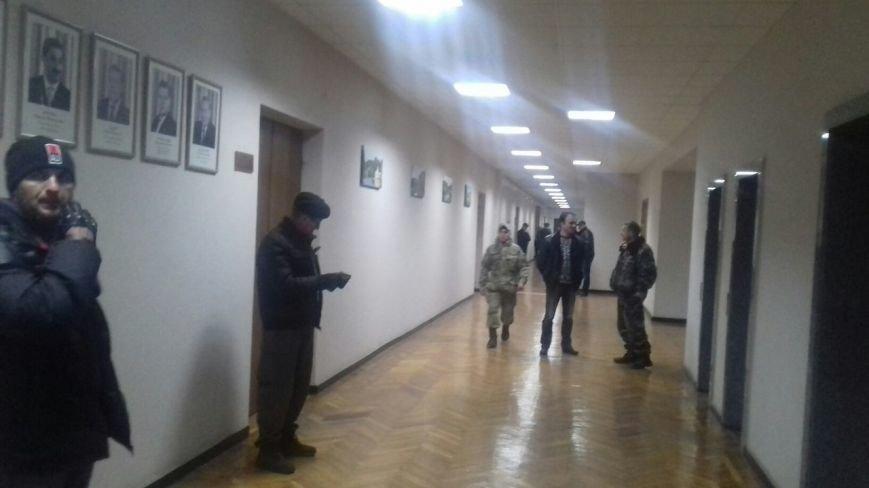 «Громадська варта» взяла под охрану  кабинеты Юрия Вилкула и его заместителей (ФОТО, ДОПОЛНЕНО), фото-2