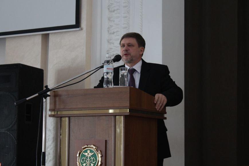 В университете таможенного дела и финансов делились опытом таможенники со всей Украины (ФОТО), фото-3