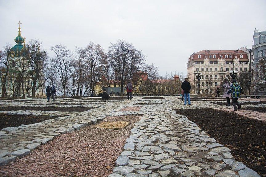 В Киеве открыли восстановленный фундамент Десятинной церкви (ФОТО) (фото) - фото 1