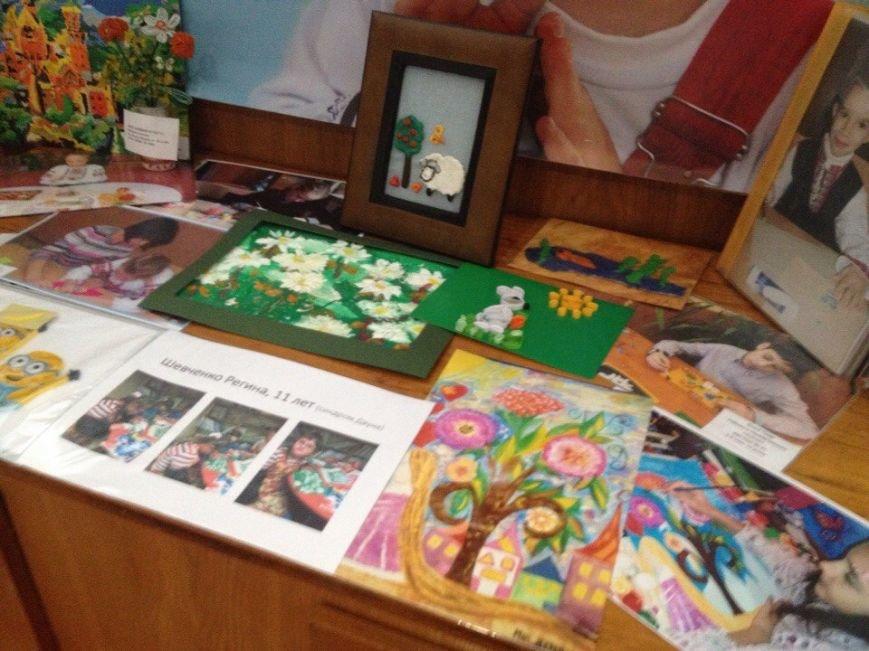 В Днепропетровске проходит выставка «Я могу все...» (ФОТО) (фото) - фото 6