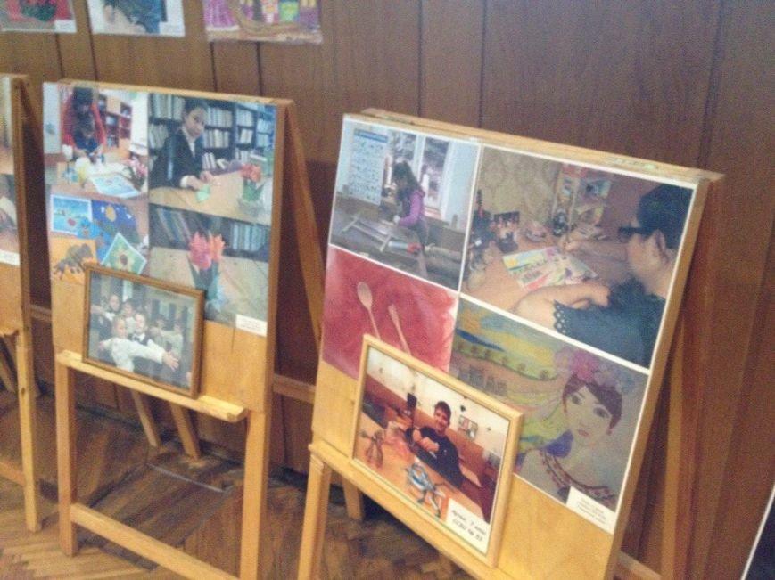 В Днепропетровске проходит выставка «Я могу все...» (ФОТО) (фото) - фото 7