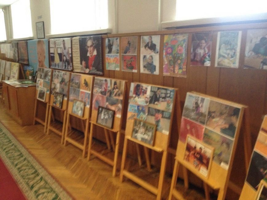 В Днепропетровске проходит выставка «Я могу все...» (ФОТО) (фото) - фото 2