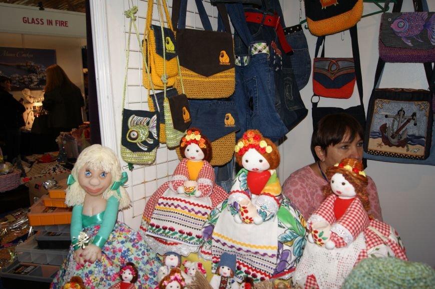 32dd453986ff684a14b7a04a53b5718d На одесском морвокзале собрали тысячи кукол