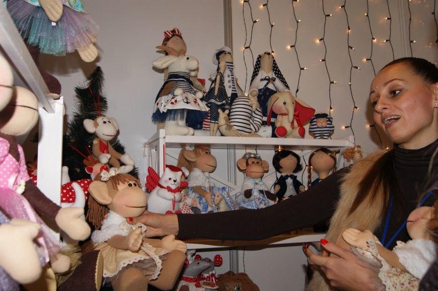 4c367f04792319693388e7844813dadd На одесском морвокзале собрали тысячи кукол