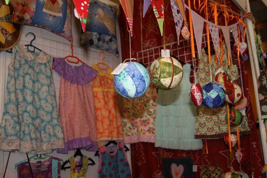 85cec071fafe452cf13484f0a9401506 На одесском морвокзале собрали тысячи кукол