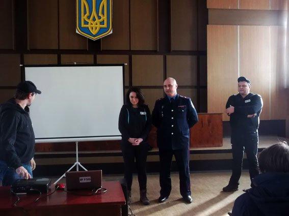 Школьники Димитрова узнали алгоритм поведения в чрезвычайных ситуациях (фото) - фото 3