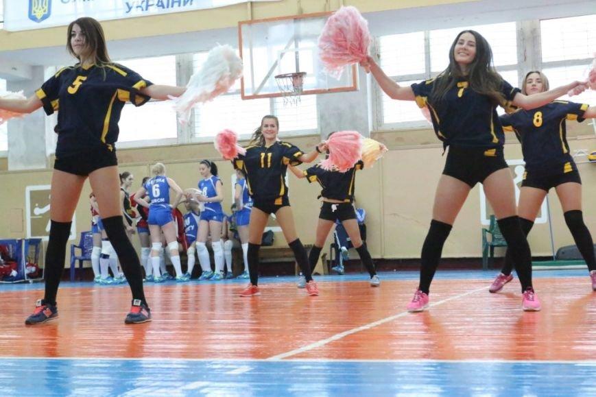 Волейболистки из Чернигове не одолели подруг по несчастью, фото-4