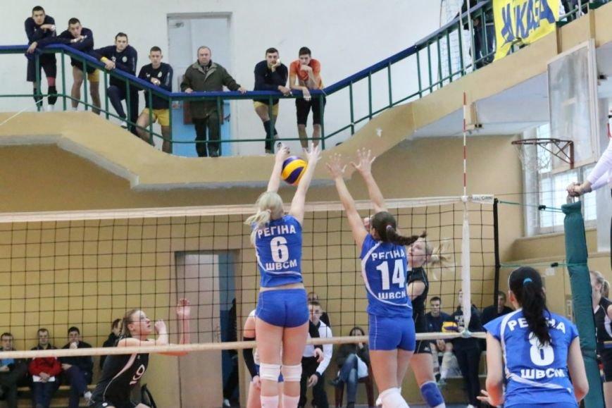 Волейболистки из Чернигове не одолели подруг по несчастью, фото-3