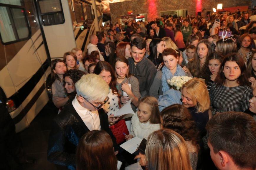 Одессит Костя Бочаров: Пойти на «Х-фактор» меня вдохновила покойная бабушка (ФОТО) (фото) - фото 2