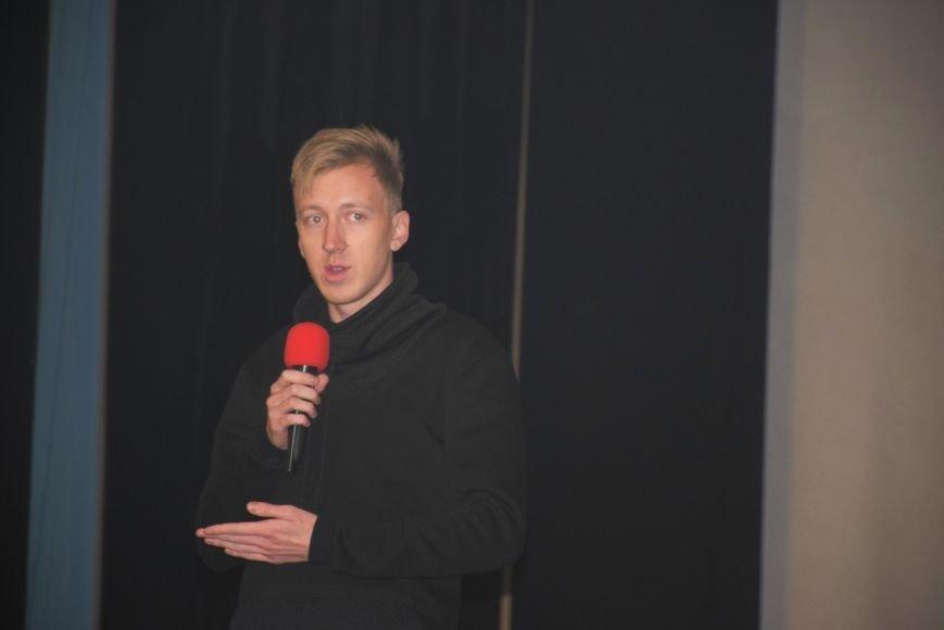 «Это реальные истории, где камера снимает то, что происходит здесь и сейчас», - в Николаеве стартовал кинофестиваль Docudays UA (фото) - фото 1