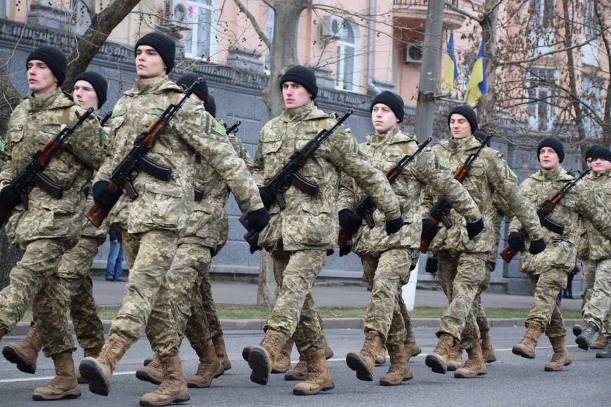 «Героями не рождаются, героями становятся», - в Николаеве 346 новобранцев торжественно приняли присягу (ФОТОРЕПОРТАЖ), фото-17