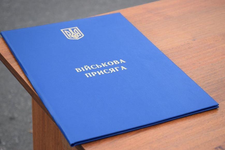 «Героями не рождаются, героями становятся», - в Николаеве 346 новобранцев торжественно приняли присягу (ФОТОРЕПОРТАЖ), фото-19
