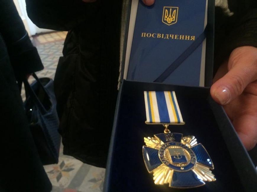 Военнослужащих в секторе «М» поздравили волонтеры и оркестр Национальной гвардии (ФОТО), фото-6