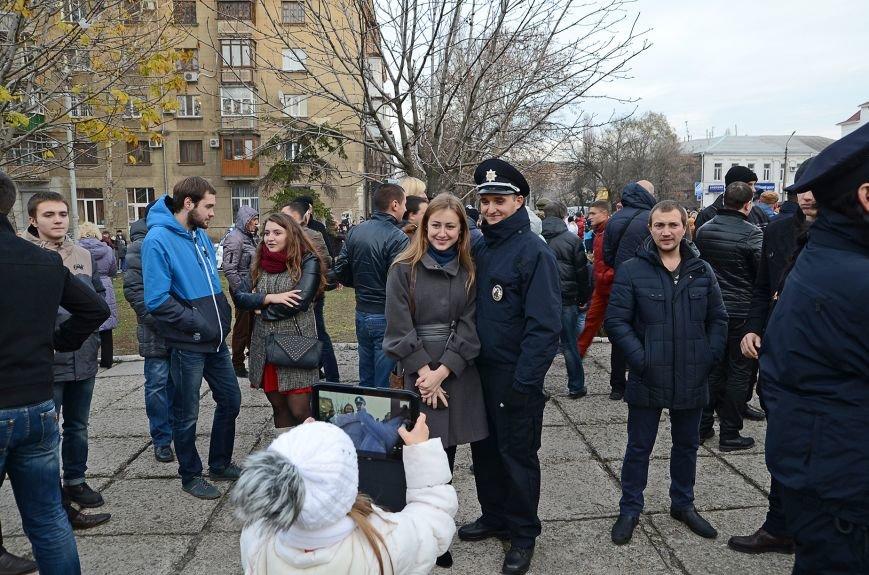 Николаевские полицейские приняли присягу под звуки гимна и возгласы «Слава Украине!» (ФОТО+ВИДЕО), фото-18