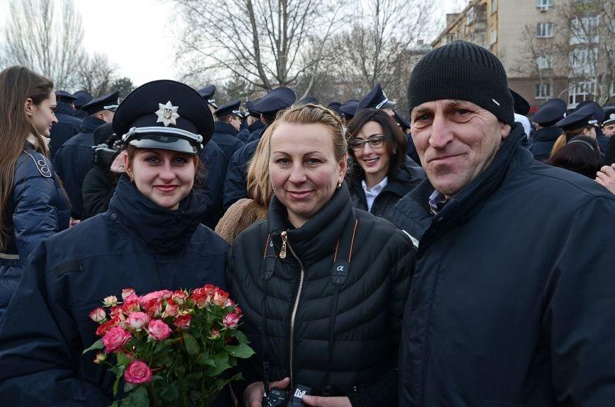 Николаевские полицейские приняли присягу под звуки гимна и возгласы «Слава Украине!» (ФОТО+ВИДЕО), фото-15