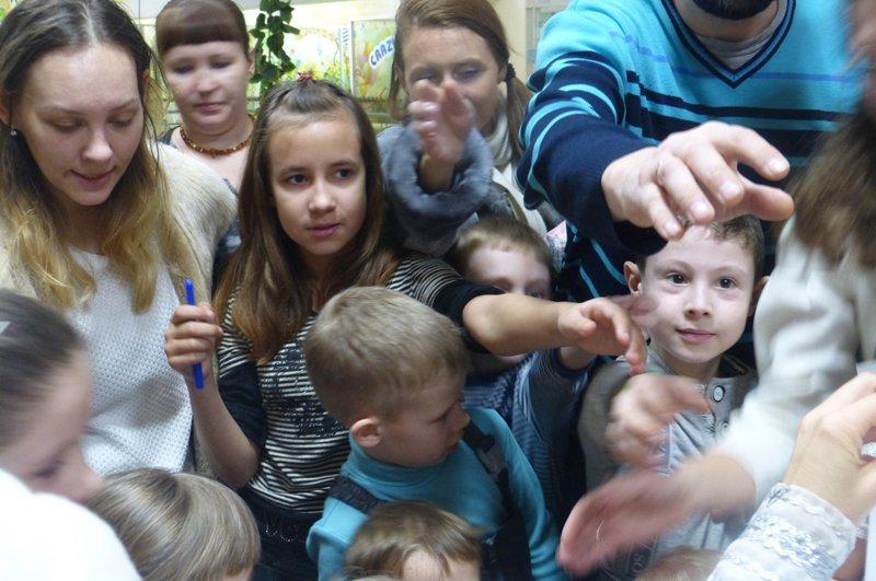 Сыктывкарские детишки  отправили письма Деду Морозу (фото) - фото 3