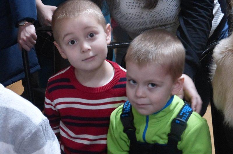 Сыктывкарские детишки  отправили письма Деду Морозу (фото) - фото 2