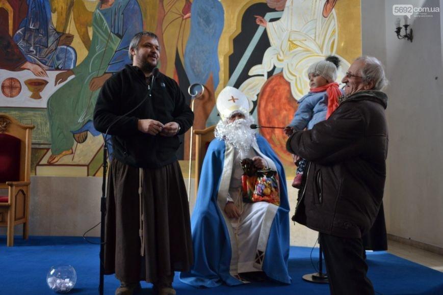 В римско-католическом храме Днепродзержинска отпраздновали День святого Николая, фото-6
