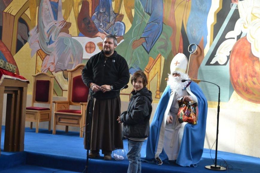В римско-католическом храме Днепродзержинска отпраздновали День святого Николая, фото-5