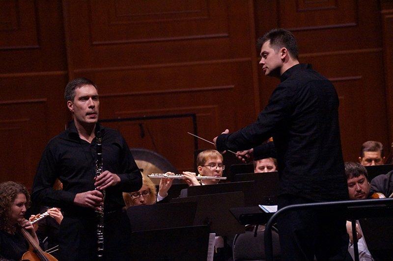 В белгородской филармонии прозвучала музыка от Рококо до симфо техно рока (фото) - фото 1