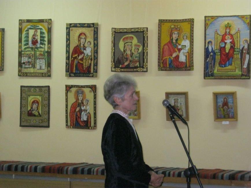 В Чернигове открылась выставка вышитых икон, фото-8
