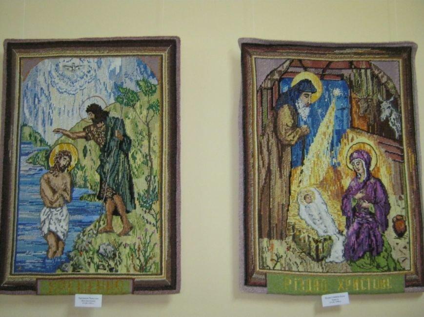 В Чернигове открылась выставка вышитых икон, фото-6