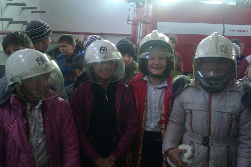 Экскурсия в пожарно-спасательную часть (фото) - фото 1
