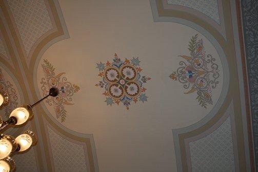 В будівлі ЧНУ виявили унікальну фреску (фото) - фото 1