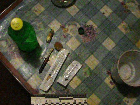 На Хмельниччині викрили наркопритон (Фото) (фото) - фото 2