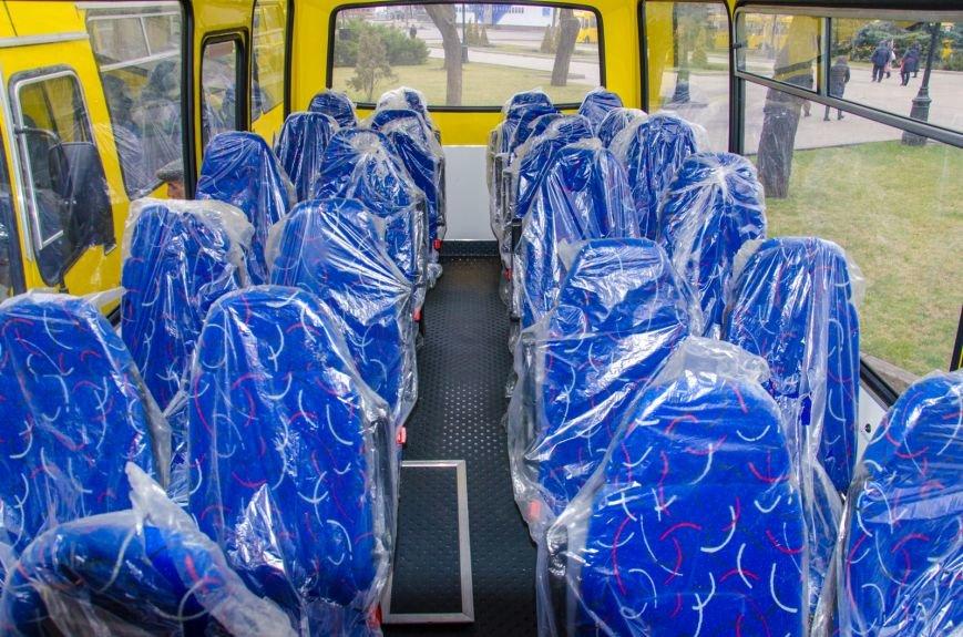 Днепропетровщина получила 35 новых школьных автобусов (ФОТО) (фото) - фото 4