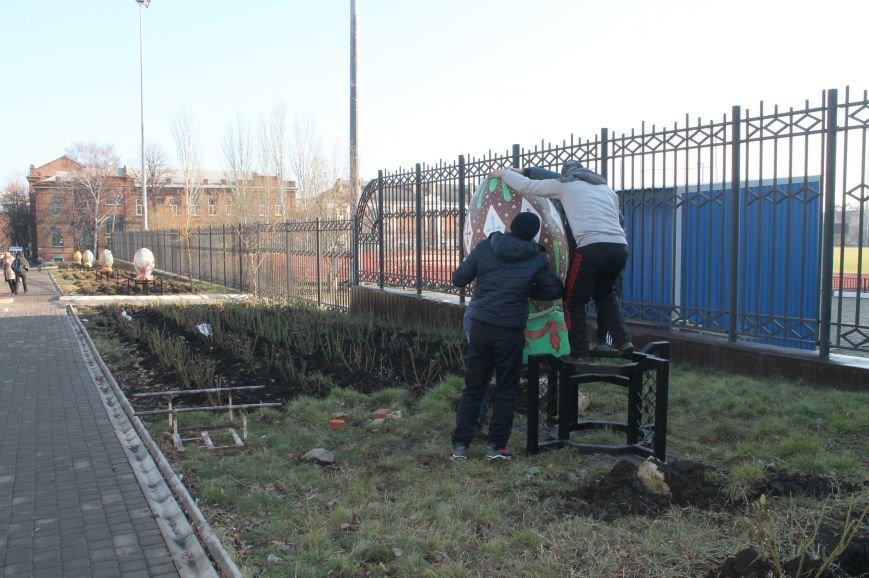 В Артемовске-Бахмуте установили символы единой Украины (ФОТО), фото-6